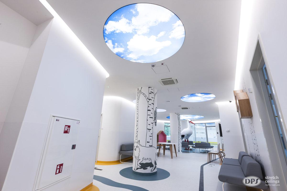 Spanndecken_Lichtdecke_bedruckt in Klinik